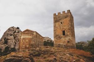 башня крепости судакской