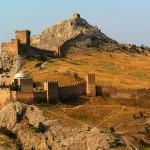 крепость судака осенью